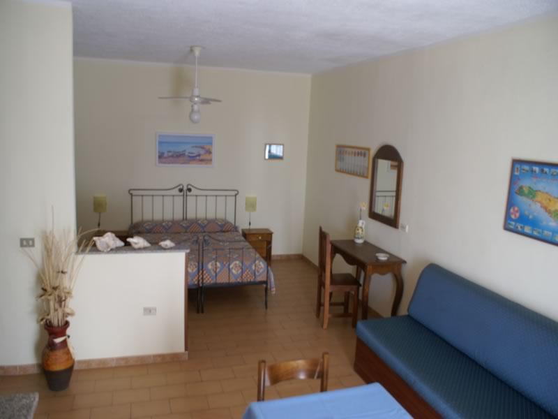 Appartamenti lampedusa le anfore vacanze a lampedusa for Soggiorno lampedusa